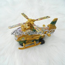 Vilkuv ja liikuv helikopter