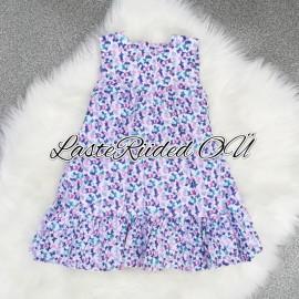 Värviline kleit liblikatega