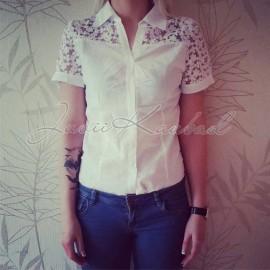 Naiste pitsiline triiksärk