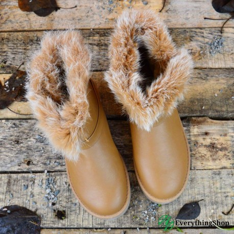 Women's uggs with buckle