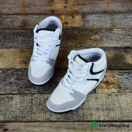 Women\'s casual shoes