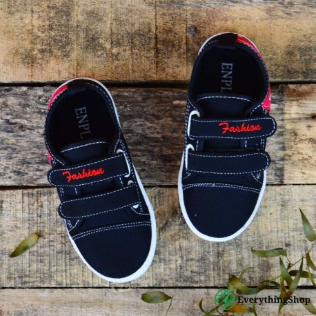 Tennis shoes for boys