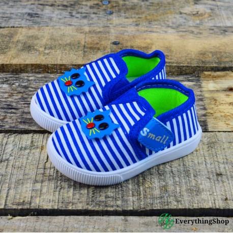 Children's tennis shoes