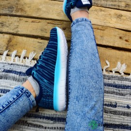 Women's workout/casual shoes